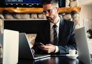Welke tone of voice neem je aan voor debiteurenbeheer?